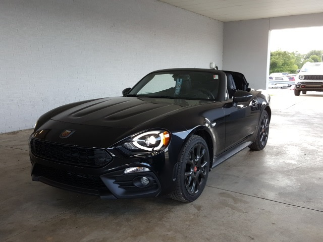 New 2019 Fiat 124 Spider Abarth 2d Convertible In 19064 York